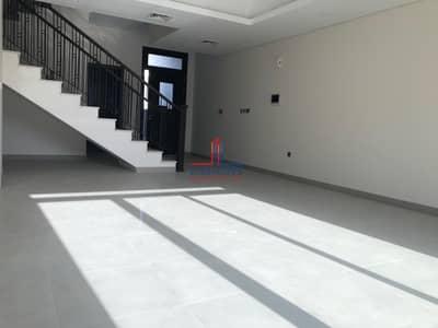فیلا 4 غرف نوم للايجار في موتور سيتي، دبي - Brand New! Garden & Community View 4BR+M
