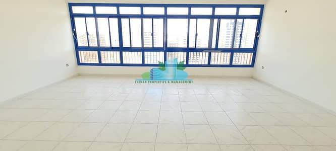 فلیٹ 3 غرف نوم للايجار في الخالدية، أبوظبي - Big Sizes of 3 BHK|Balcony| 4 Payments | Near Corniche