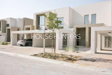 فیلا 4 غرف نوم للايجار في المرابع العربية 2، دبي - Landscaped Villa Overlooking Park and Pool Area