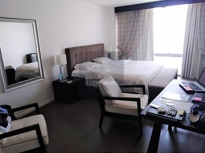 فلیٹ 2 غرفة نوم للايجار في قرية التراث، دبي - Move-in Ready High Floor Unit with View of Canal