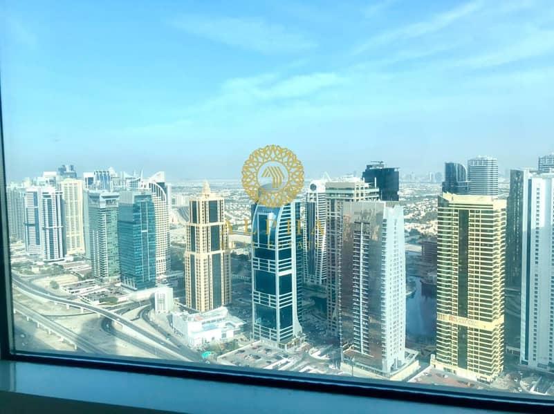 2 Stunning Marina View // Top Floor // Penthouse
