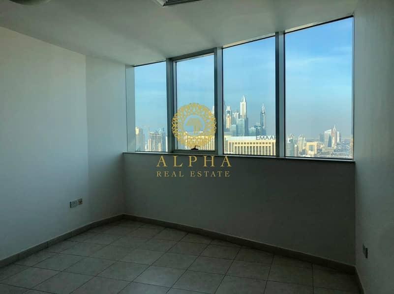 34 Stunning Marina View // Top Floor // Penthouse