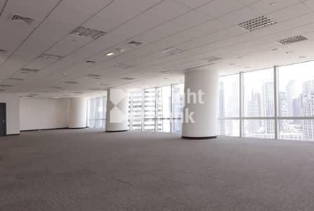 مکتب  للايجار في الخليج التجاري، دبي - Various Options of Cat A Fitted Office Spaces
