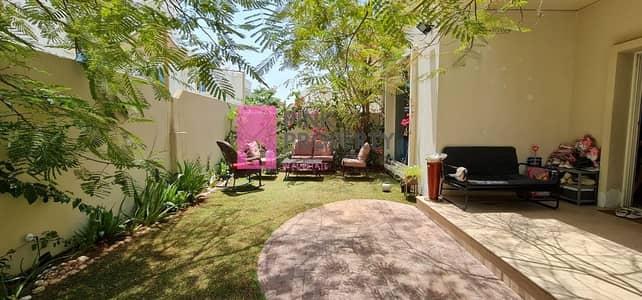 فیلا 4 غرف نوم للايجار في الريف، أبوظبي - Well maintained home grtting vacant 15th of May