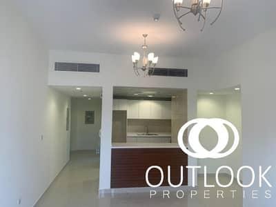 فلیٹ 2 غرفة نوم للايجار في قرية جميرا الدائرية، دبي - Urgent 2BR Rent | Near Park | Unfurnished