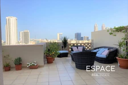 2 Bedroom Flat for Rent in The Views, Dubai - Canal View   Huge Terrace   Converted Balcony