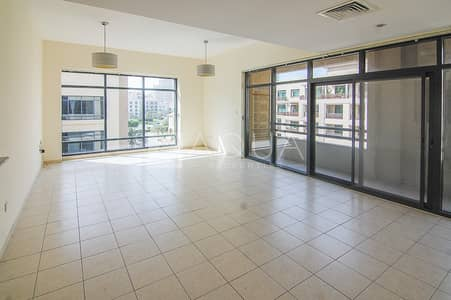 1 Bedroom Flat for Rent in The Greens, Dubai - Large unit | Near Supermarket | Chiller free