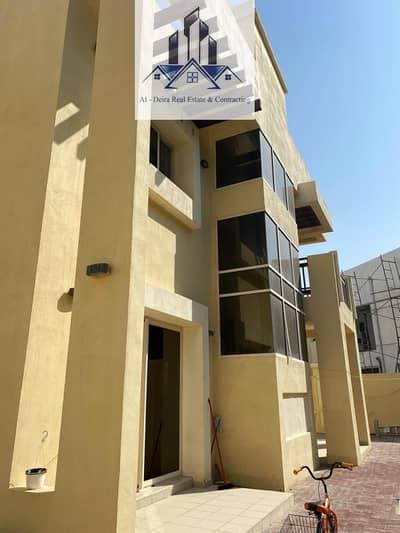 4 Bedroom Villa for Sale in Baniyas, Abu Dhabi - Villa at an attractive price in Bawabat Al Sharq for sale