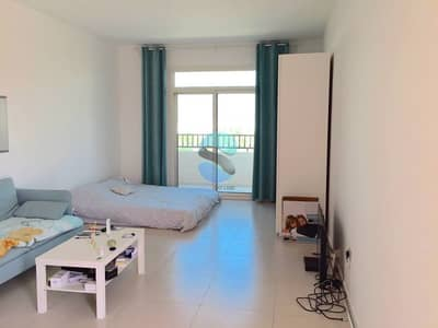 No Agency Fees for Largest Terraced Studio