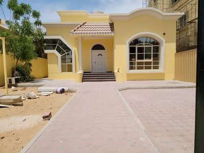 3 Bedroom Villa for Rent in Al Rawda, Ajman - Stunning Three bedrooms villa in good location for rent