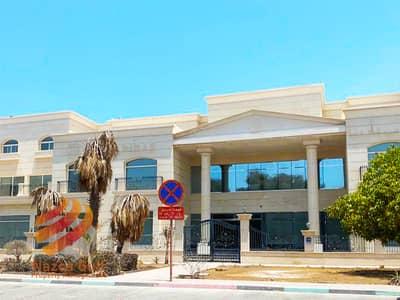 فيلا تجارية  للايجار في البطين، أبوظبي - Super Huge Commercial Villa in Perfect Location