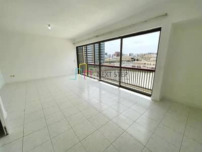 3 Bedroom Flat for Rent in Airport Street, Abu Dhabi - Capacious 3BR Apartment with Maidsroom Near Al Falah