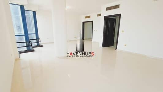 شقة 3 غرف نوم للايجار في الخالدية، أبوظبي - Stunning! Renovated 3 Bed Apt + Maids Room