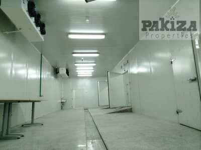 Warehouse for Rent in Al Quoz, Dubai - Lowest Price! 4800 Sqft Ready To Move Cold Storage Warehouse In Al Quoz ! TAX FREE!