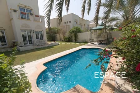 فیلا 3 غرف نوم للايجار في الينابيع، دبي - Type 3E - Fully Furnished - Private Pool