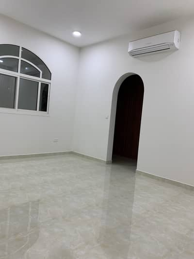 4 Bedroom Flat for Rent in Al Falah City, Abu Dhabi - Brand New 4 Bedrooms and Majlis at Al Falah
