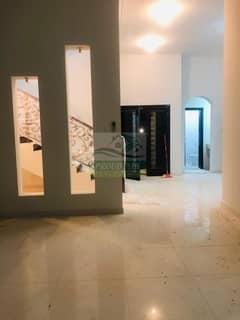 فیلا في مدينة شخبوط (مدينة خليفة ب) 3 غرف 130000 درهم - 5129156