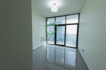 فلیٹ 3 غرف نوم للايجار في الخليج التجاري، دبي - UXUARY 3 BEDROOM APARTMENT FOR RENT POOL VIEW