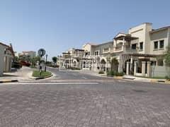Luxurious & Beautiful All Master 3 BR + M Villa
