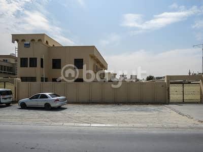 فیلا 7 غرف نوم للايجار في القادسية، الشارقة - فیلا في القادسية 7 غرف 160000 درهم - 5129851