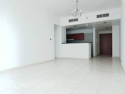 1 Bedroom Flat for Sale in Dubai Residence Complex, Dubai - SKY COURTS LARGE  1BED ROOM FOR SALE TYPE A VACANT ON TRANSFER