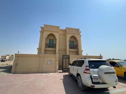 فیلا 5 غرف نوم للايجار في الياسمين، عجمان - فیلا في الياسمين 5 غرف 60000 درهم - 5072415