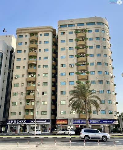 فلیٹ 3 غرف نوم للايجار في الجبيل، الشارقة - SPACIOUS 3 B/R HALL FLAT IN AL JUBAIL AREA
