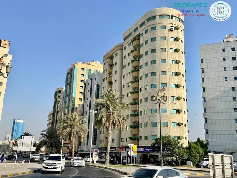 SPACIOUS 2 B/R Hall flat with 1 1/2 bath and balcony,  Sea view in Corniche area, Al jubail