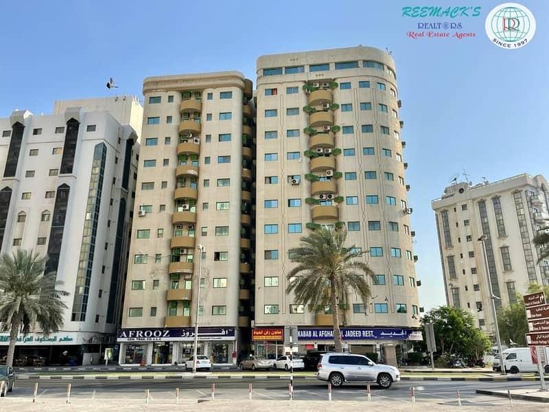 2 SPACIOUS 2 B/R Hall flat with 1 1/2 bath and balcony,  Sea view in Corniche area, Al jubail