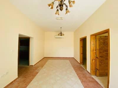 فلیٹ 2 غرفة نوم للايجار في فلج هزاع، العین - Superb Ground Floor Apt In a Compound With Shaded Parking