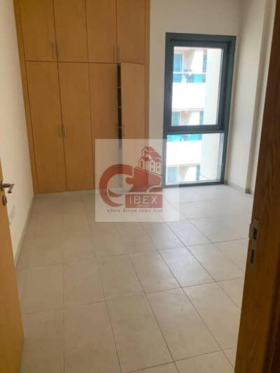 شقة 3 غرف نوم للايجار في بر دبي، دبي - HUGE SIZE 3- BHK  IN BURJUMAN @ 80K