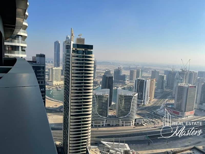 15 Stunning 1 Bedroom Hotel Apartment next Burj Khalifa