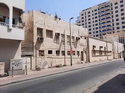مبنى سكني 10 غرف نوم للبيع في بر دبي، دبي - مبنى سكني - ارضي + 7 طوابق