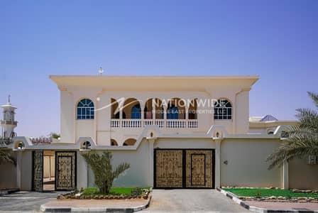 5 Bedroom Villa for Rent in Al Marakhaniya, Al Ain - New large 4 bedrooms + maid room villa in Al Markhaneya