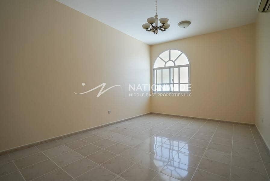 36 New large 4 bedrooms + maid room villa in Al Markhaneya
