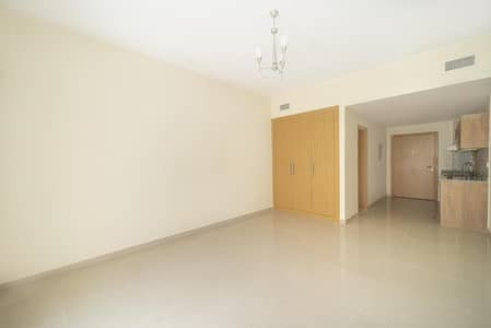Studio for Sale in Jumeirah Village Circle (JVC), Dubai - Balcony | Spacious | Fitted Kitchen