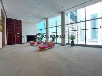 شقة 3 غرف نوم للايجار في مركز دبي التجاري العالمي، دبي - Elegant 3BR Duplex | Partial Burj Khalifa View | All Inclusive