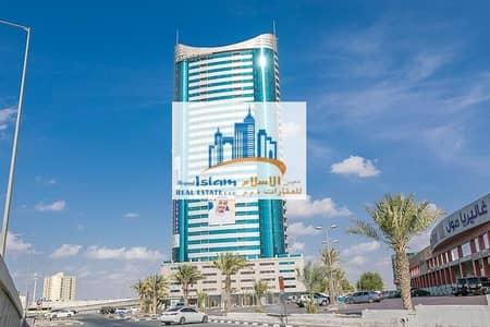 فلیٹ 3 غرف نوم للايجار في شارع الشيخ مكتوم بن راشد، عجمان - super delux 3 bhk fully furnished for yearly rent in conqueror tower r
