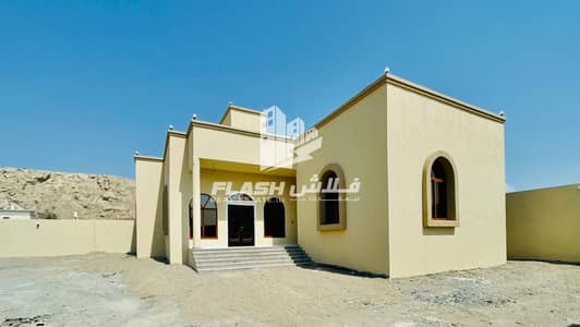 3 Bedroom Villa for Sale in Seih Al Harf, Ras Al Khaimah - Standard 3Beds Villa I Family Fit- Best Priced