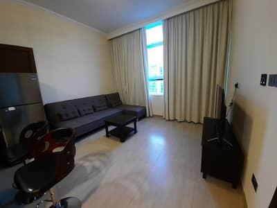 فلیٹ 1 غرفة نوم للايجار في منطقة الكورنيش، أبوظبي - شقة في برج محمد بن راشد - مركز التجارة العالمي منطقة الكورنيش 1 غرف 54999 درهم - 5131843