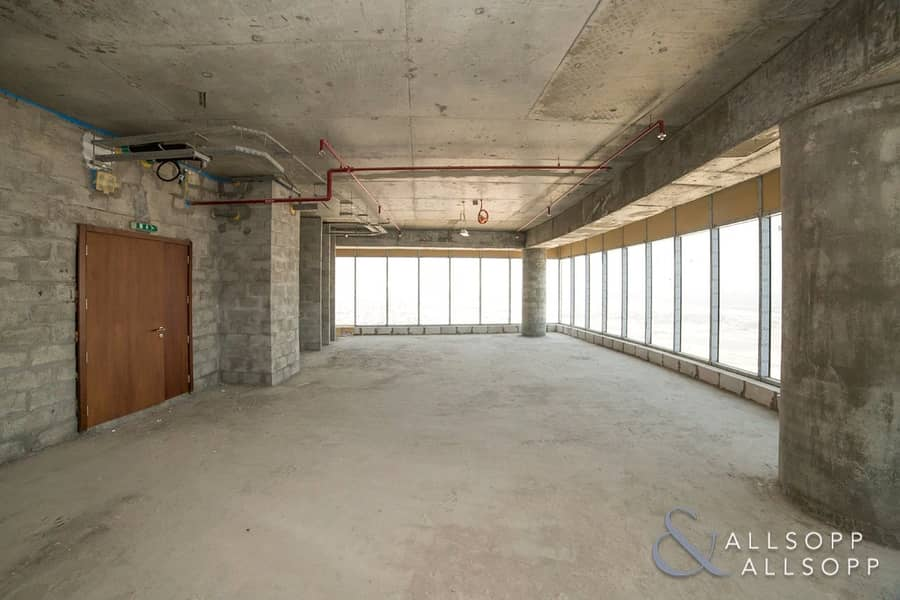 23 High Floor| 49 Parking Spaces | Panoramic