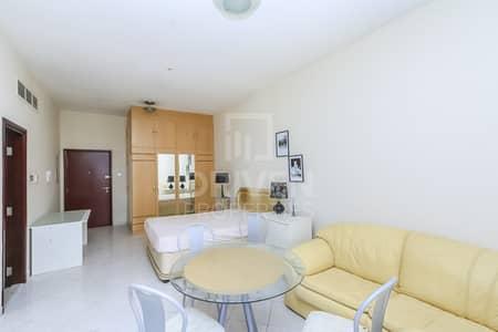 Studio for Rent in Dubai Marina, Dubai - Fully Furnished and Well-kept Studio Apt