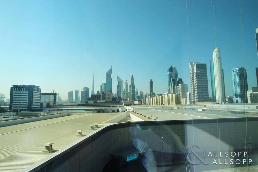 15 Modern Apartment | Burj Views | 1743 SqFt