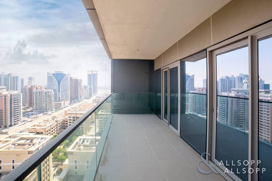 26 Luxury | 3000 SqFt | Vacant | City Views