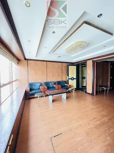 Office for Rent in Deira, Dubai - Chiller Free | Multiple Units |  Prime Location