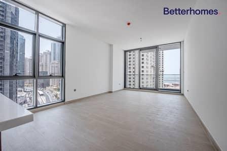 1 Bedroom Flat for Rent in Dubai Marina, Dubai - Unfurnished | Marina and Sea View | Luxury