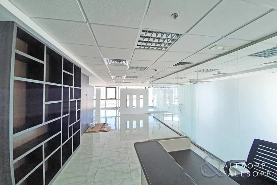 11 Fully Fitted | Vacant | Partitioned Office