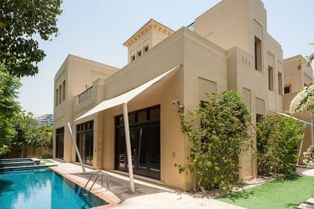 فیلا 6 غرف نوم للبيع في البراري، دبي - Exclusive 6 bedroom family home