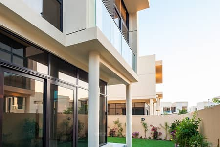 3 Bedroom Villa for Sale in DAMAC Hills (Akoya by DAMAC), Dubai - Near Park With Option Of Combining Two Units