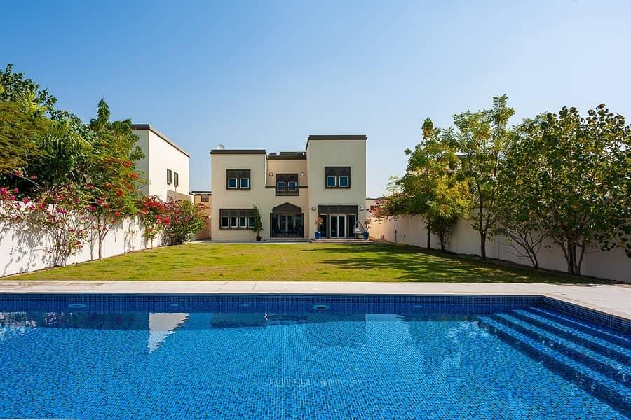 Jumeirah Park | 3BR | Huge plot area w/ Pool
